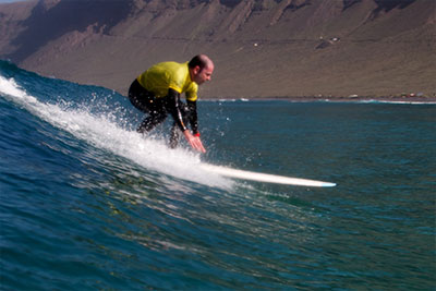 longboard surfing lessons in lanzarote